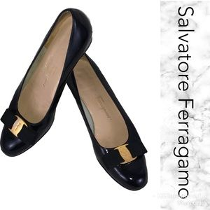 'Vera' bow shoes